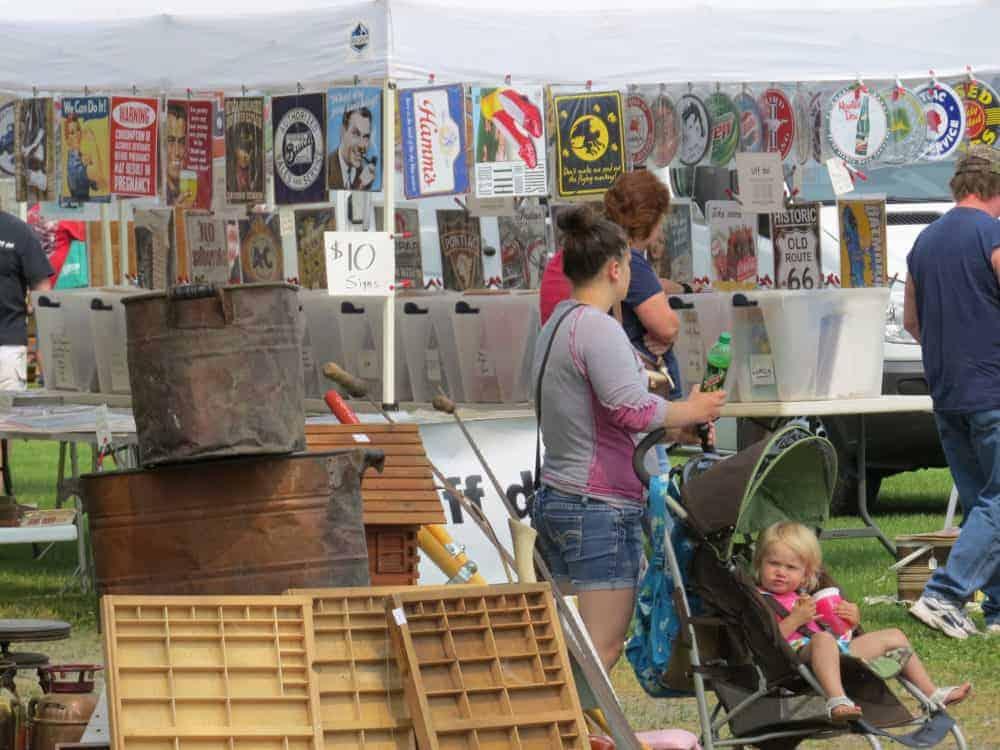 Antigo-Wisconsin-Flea-Market-A