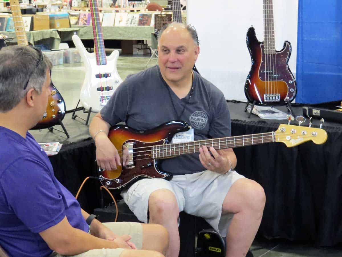 Chicago Vintage Guitar Drum And Record Show Zurko Promotions
