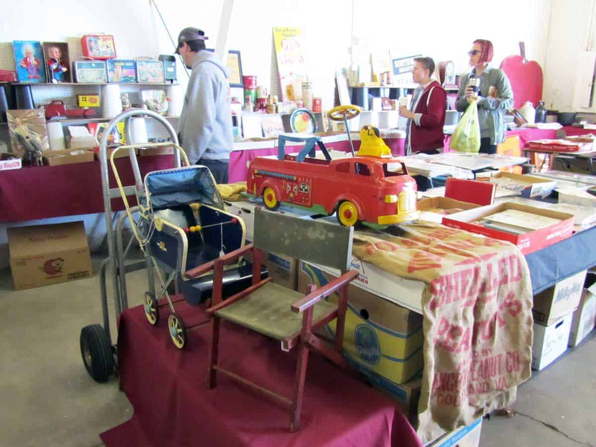 michigan-antique-vintage-flea-market-04