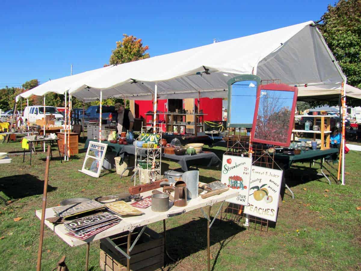 michigan-antique-vintage-flea-market-06