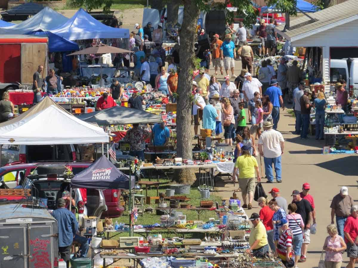 Shawano Wisconsin Outdoor Flea Market Zurko Promotions