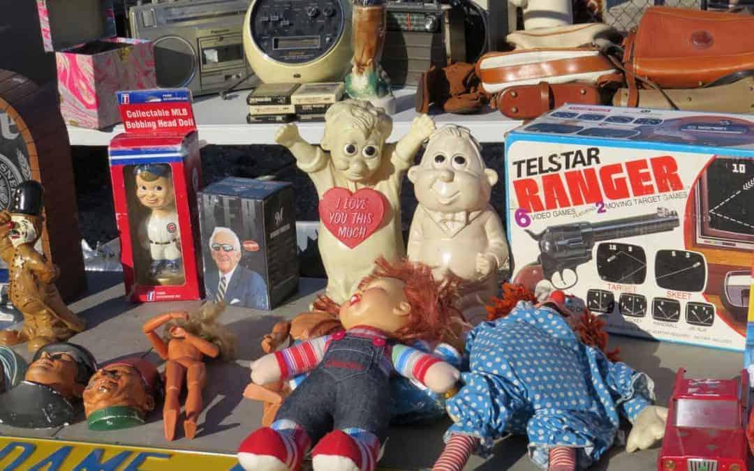 Wheaton Illinois Antique Flea Market Sunday March 25, 2018
