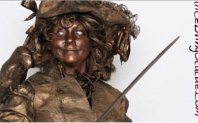 Alice Living Statue